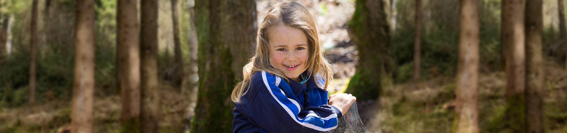 Naturkind & Pony Walderlebnis für Kinder und Erwachsene - Ponys Pferde Reiten und Wald erleben in Bayern nahe Salzburg
