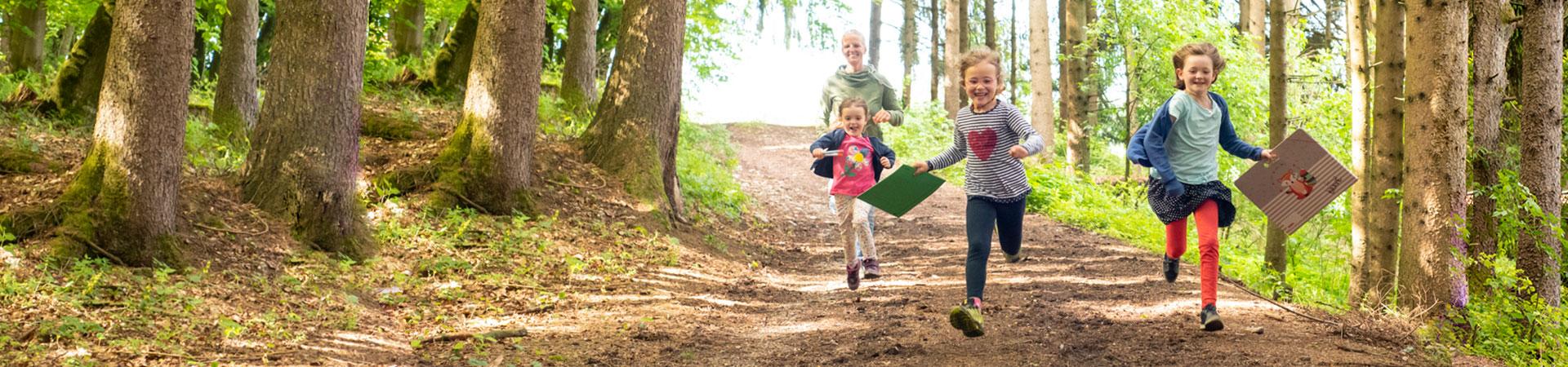 Naturkind und natürlich lernen - Natürliches Lernen - Waldpädagogik in Bayern nahe dem Chiemsee im Raum Traunstein nahe Salzburg