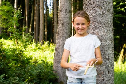 Kinder Betreuung in der Natur Naturkind und Waldpädagogik